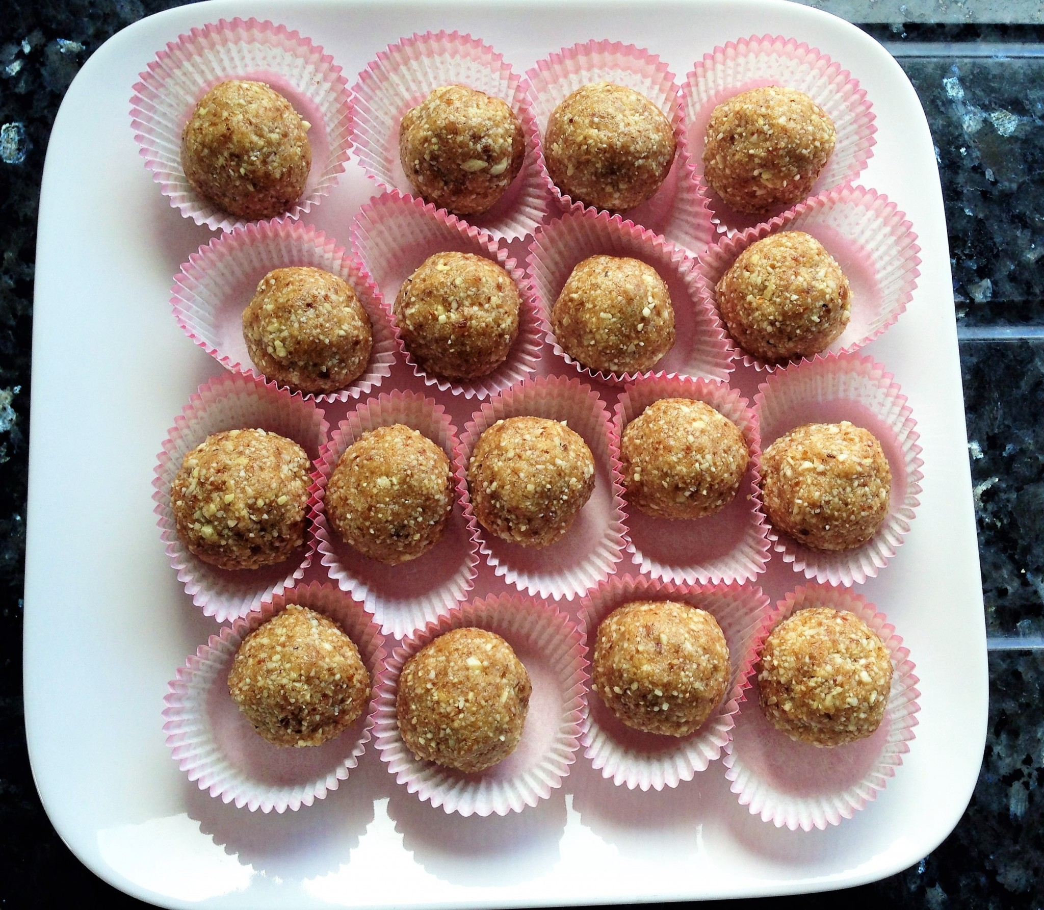 Cashew And Almond Energy Balls Lifestyle Sister